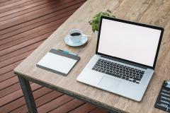 Laptop zu Hause